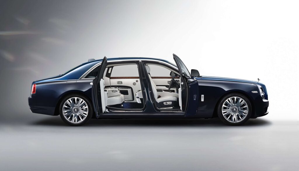 sedan-rolls-royce-phantom-body